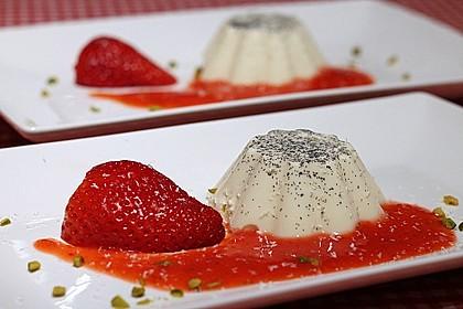 Panna cotta mit Erdbeersauce 2