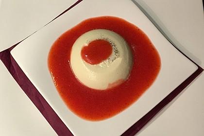Panna cotta mit Erdbeersauce 6