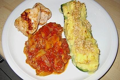 Gefüllte Zucchini mit Kartoffel-Zwiebel-Püree 4