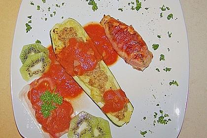 Gefüllte Zucchini mit Kartoffel-Zwiebel-Püree 0