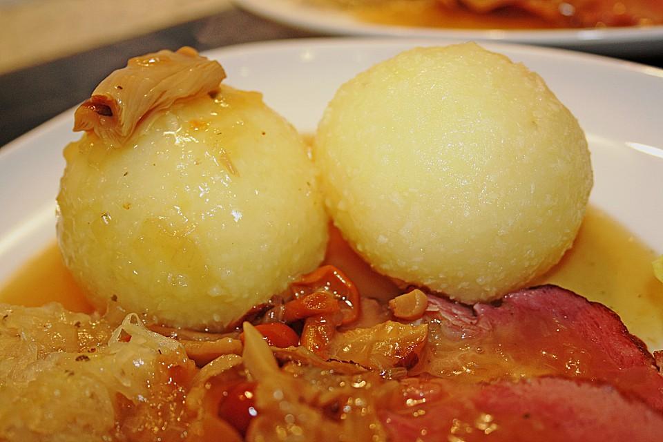 Thüringer Klöße, palle di pasta dipatate