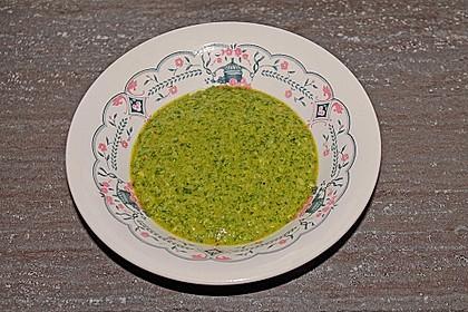 Basilikum-Pesto 16