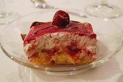 Erdbeer-Tiramisu 30