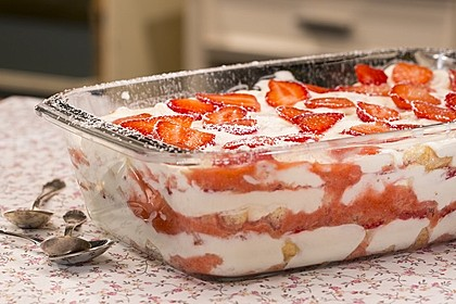 Erdbeer-Tiramisu 20