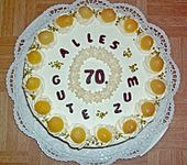 Pfirsich-Sahne-Torte (Bild)