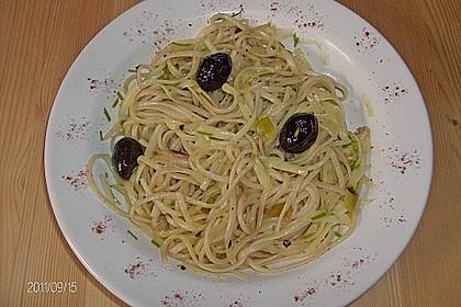 Spaghetti aglio olio 4