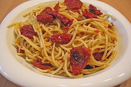 Spaghetti aglio olio 5