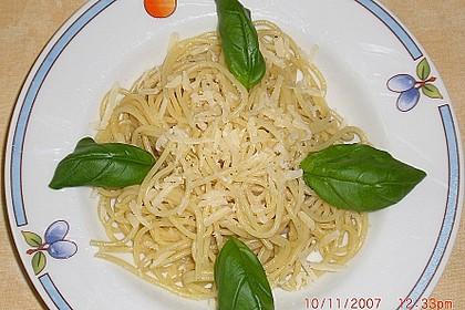 Spaghetti aglio olio 3