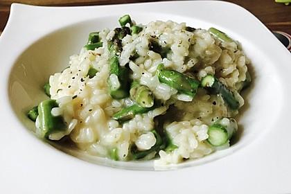 Risotto mit grünem Spargel und Parmesan 1