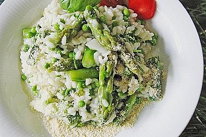 Risotto mit grünem Spargel und Parmesan 7