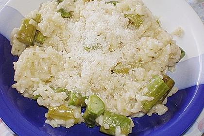 Risotto mit grünem Spargel und Parmesan 54