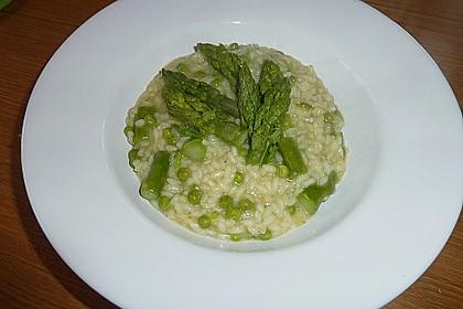 Risotto mit grünem Spargel und Parmesan 43