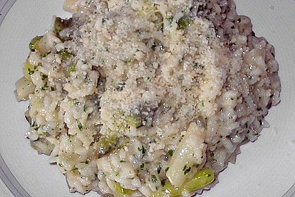 Risotto mit grünem Spargel und Parmesan 65