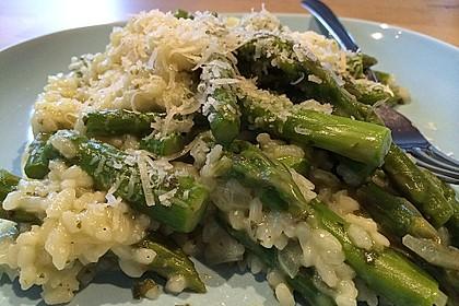 Risotto mit grünem Spargel und Parmesan 11
