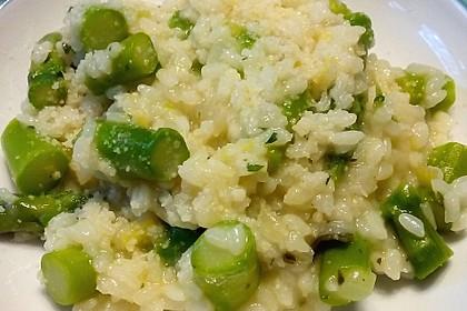 Risotto mit grünem Spargel und Parmesan 19