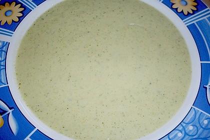 Brokkoli-Cremesuppe 13
