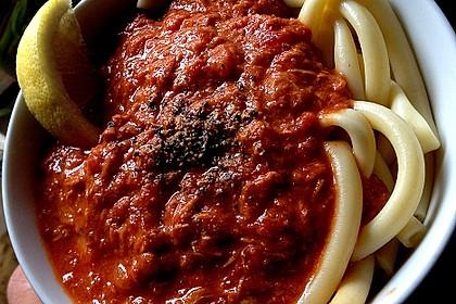 Pikante Thunfisch-Tomatensauce 1