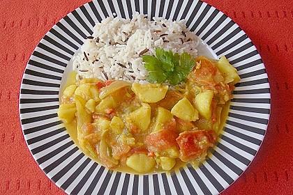 Bhujia mit Kartoffeln, Zwiebeln und Tomaten