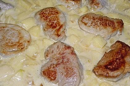 Schweinemedaillons mit Apfel-Meerrettich Sahnesauce 6