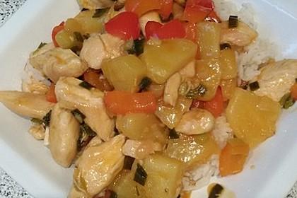 Hähnchen mit Ananas und süß - saurer Soße 2