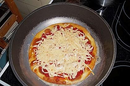 Pfannen - Pizza 20
