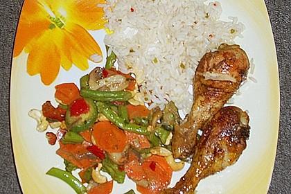 Hühnchen mit italienischem Gemüse und Cashewkernen