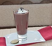 Heißer Kakao mit Kokosmilch