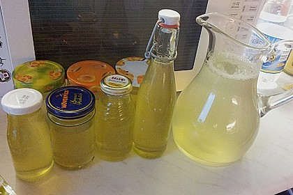 Chrissis Zitronensirup – Grundstoff für Zitronenlimonade 17