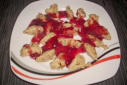 Lebkuchenmousse mit Glühweinsauce 8