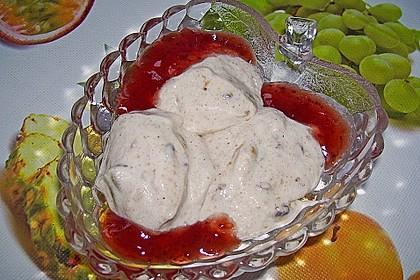 Lebkuchenmousse mit Glühweinsauce 4