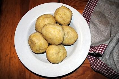 Schlesische Kartoffelklöße 21