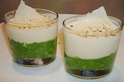 Zucchinikaviar mit Parmesancreme