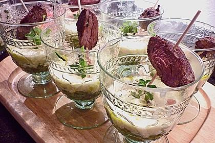 Zucchinikaviar mit Parmesancreme 16