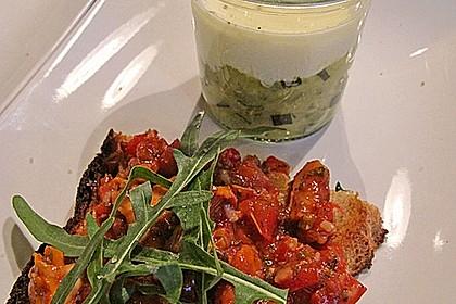 Zucchinikaviar mit Parmesancreme 7