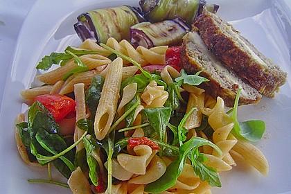 Italienischer Nudelsalat mit Rucola und getrockneten Tomaten 15