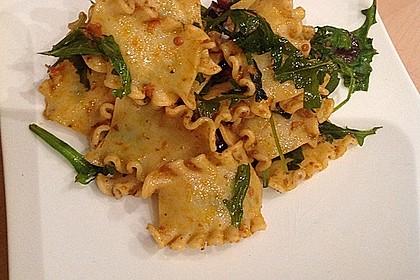 Italienischer Nudelsalat mit Rucola und getrockneten Tomaten 41