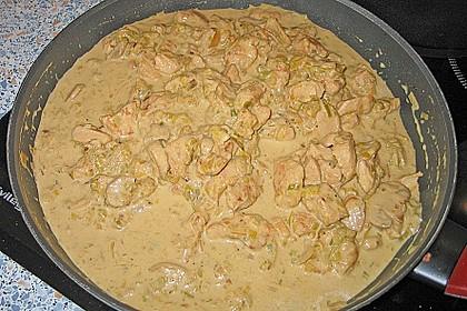 Schweineragout in Curry - Senf - Sauce 3