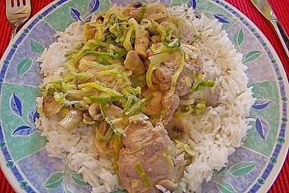Schweineragout in Curry - Senf - Sauce