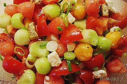 Tomatensalat mit Honigmelone und Schafskäse 10
