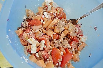 Tomatensalat mit Honigmelone und Schafskäse 26