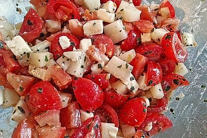 Tomatensalat mit Honigmelone und Schafskäse 9