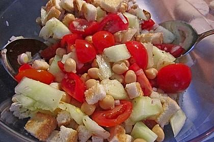 Tomatensalat mit Honigmelone und Schafskäse 27