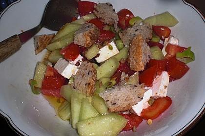 Tomatensalat mit Honigmelone und Schafskäse 17