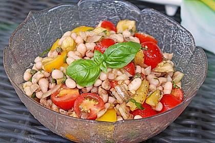 Salat mit weißen Bohnen und Tomaten 4