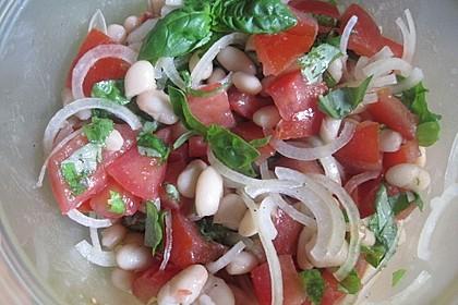 Salat mit weißen Bohnen und Tomaten 5