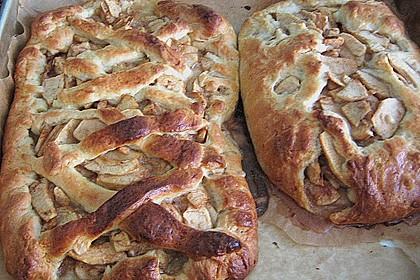 Apfelkuchen aus Hefemürbteig 112