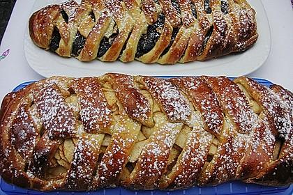 Apfelkuchen aus Hefemürbteig 33