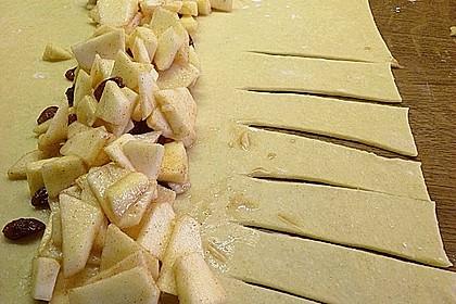 Apfelkuchen aus Hefemürbteig 38