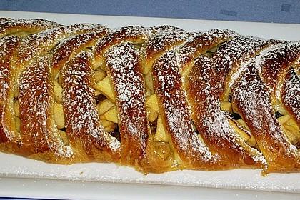 Apfelkuchen aus Hefemürbteig 49