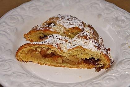 Apfelkuchen aus Hefemürbteig 47